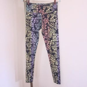 Onzie Leggings (Not capris) Sz M/L - Geometric